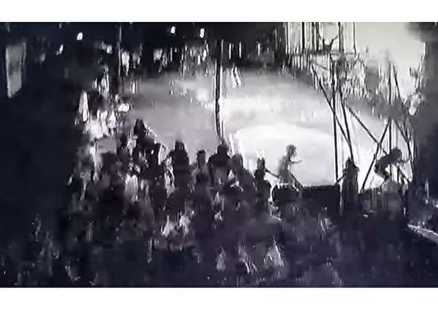 انهيار داخل صالة ألعاب في الفلبين