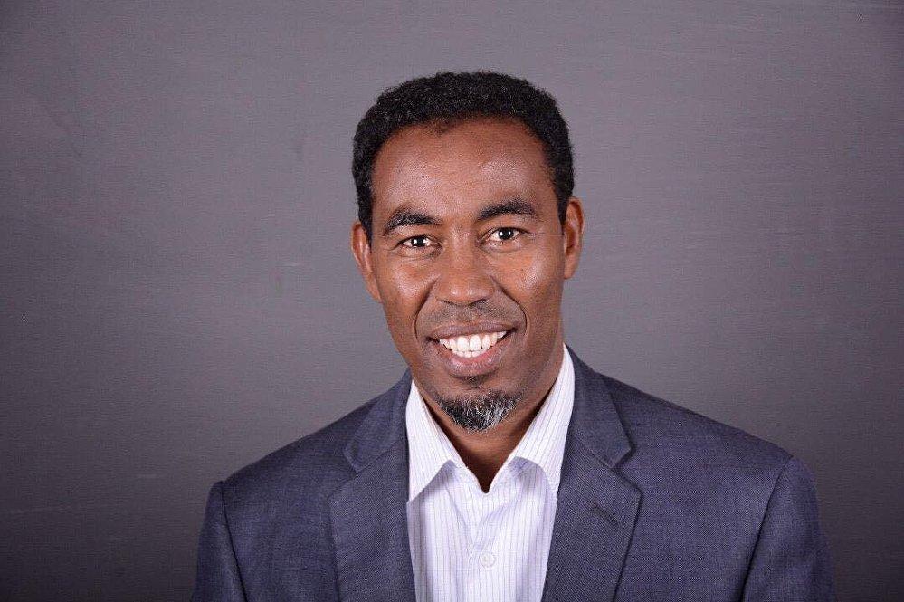 الطبيب عبد القادر عبد الرحمن عدن مؤسس خدمة آمين للإسعافات