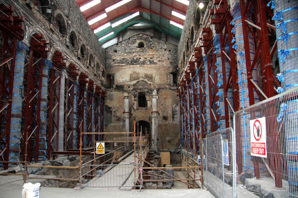 اشتعال حريق هائل في كاتدرائية القديس ميل (St Mel's Cathedral) في إيرلندا، 2009