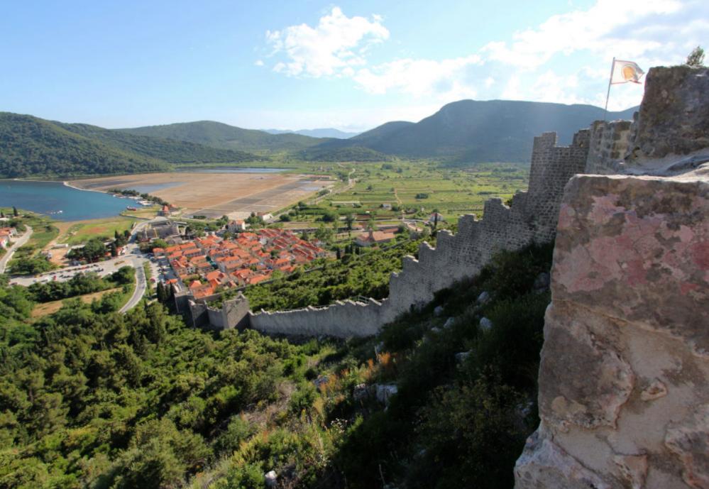 قرية ستون، كرواتيا