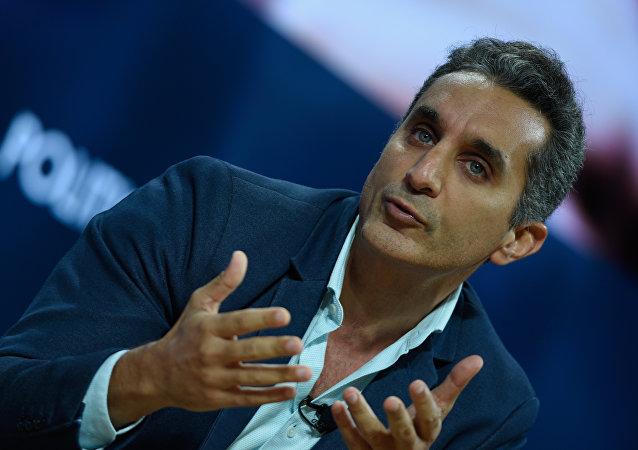 مقدم البرامج المصري باسم يوسف