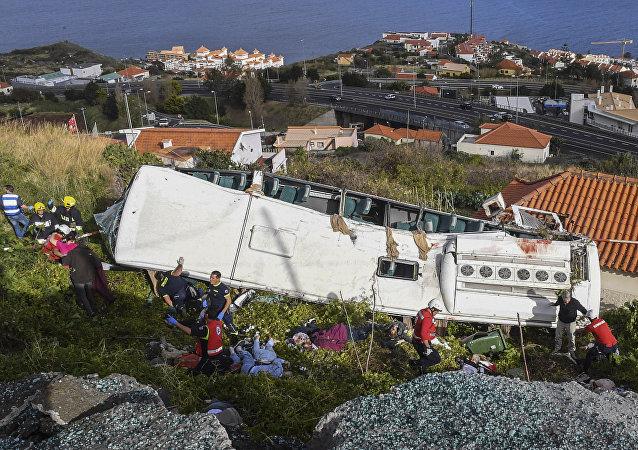 انقلاب حافلة في جزيرة ماديرا البرتغالية