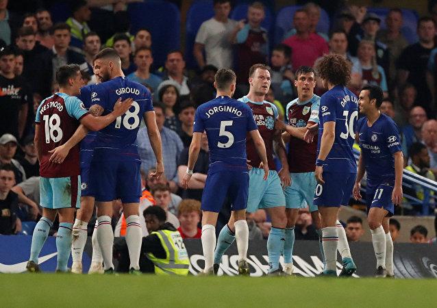 مباراة تشيلسي وبيرنلي (2-2) في الدوري الإنجليزي