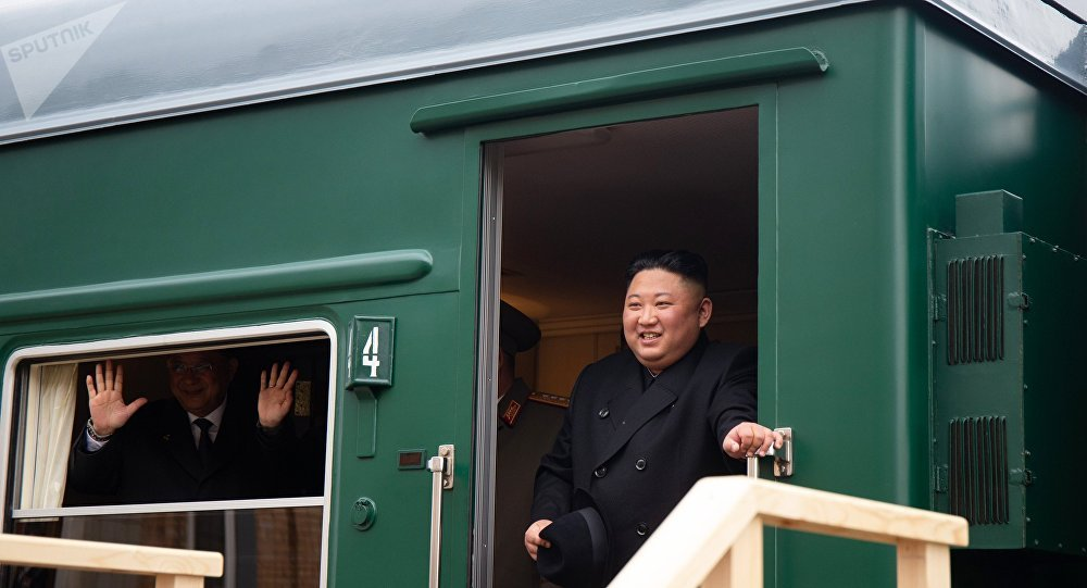 وصول الزعيم الكوري الشمالي بالقطار إلى روسيا