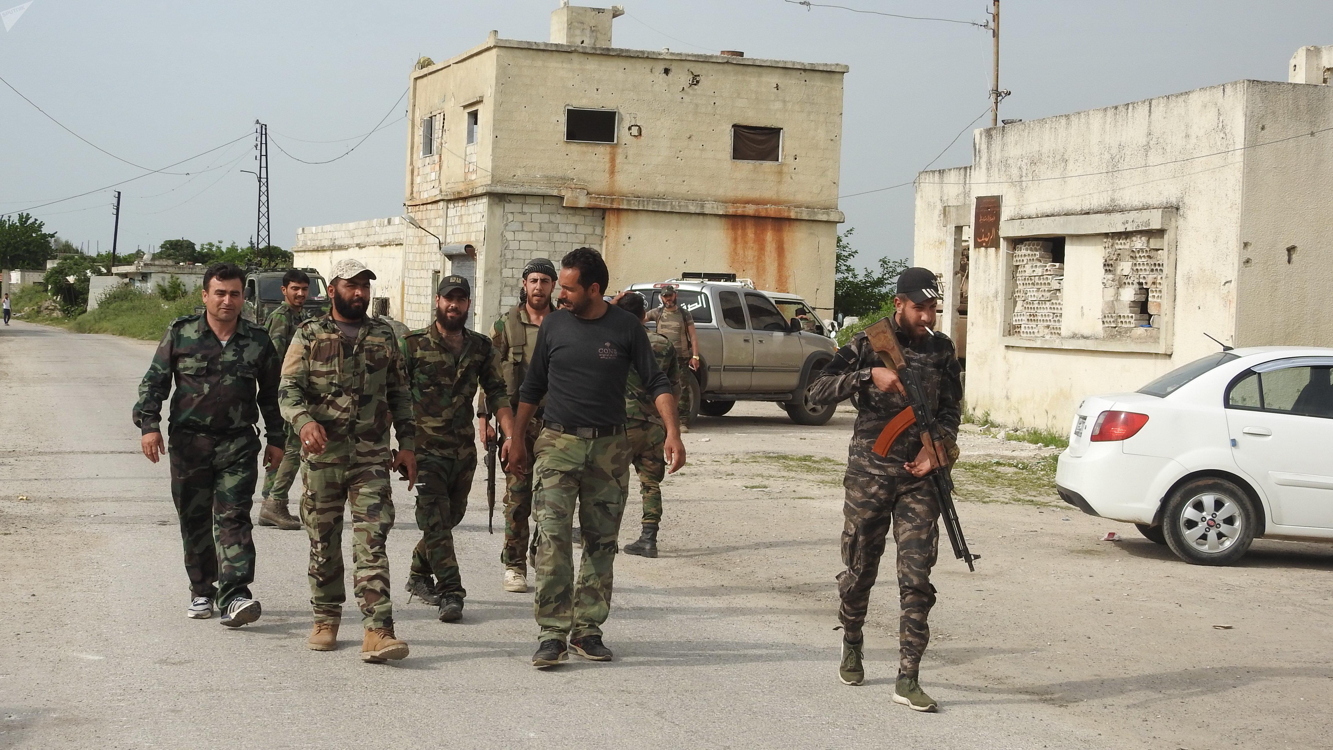 الجيش السوري ينتشر في ريف حماة الشمالي