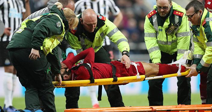 إصابة محمد صلاح خلال مباراة نيو كاسل