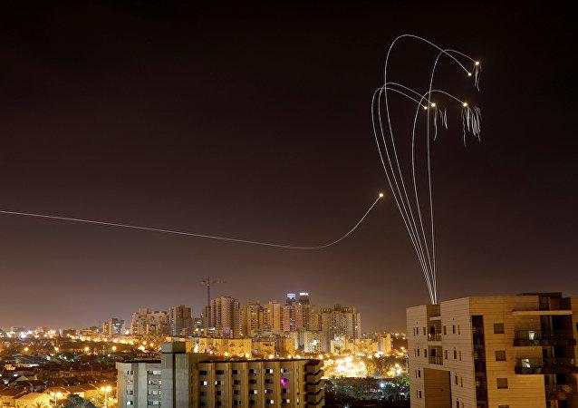 القصف الصاروخي بين قطاع غزة والجيش الإسرائيلي