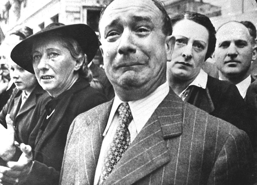 الفرنسيون في مرسيليا أثناء الاحتلال الألماني، عام 1941