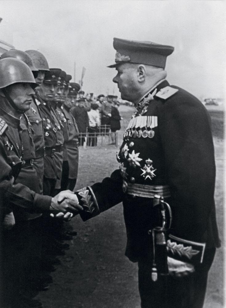 مارشال الاتحاد السوفيتي، بطل الاتحاد  السوفيتي، كيريل ميريتسكوف