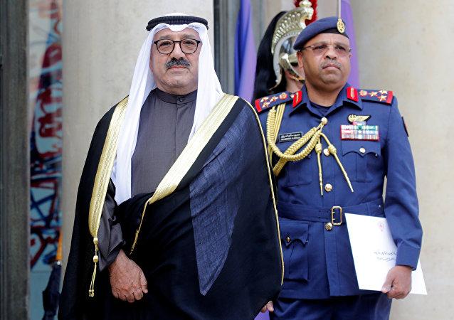 نائب رئيس الوزراء ووزير الدفاع الكويتي الشيخ ناصر صباح الأحمد الصباح يصل إلى قصر الإليزيه في باريس