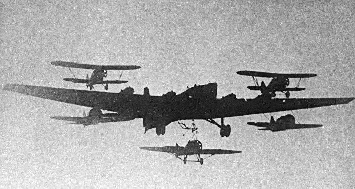 قاذفة قنابل تي بي-7