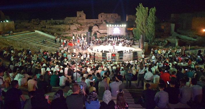 قلعة حلب تحتضن مهرجان الأصالة الحلبي