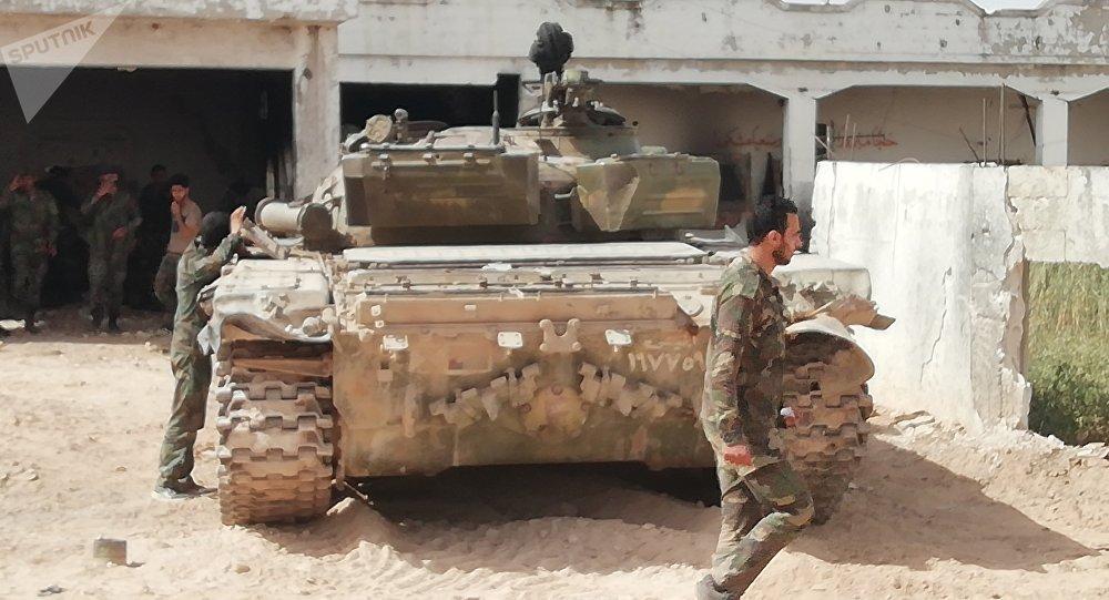 قوات الجيش السوري تتابع عملياتها العسكرية على محور بلدتي الجبين وتل الملح ريف حماة الشمالي