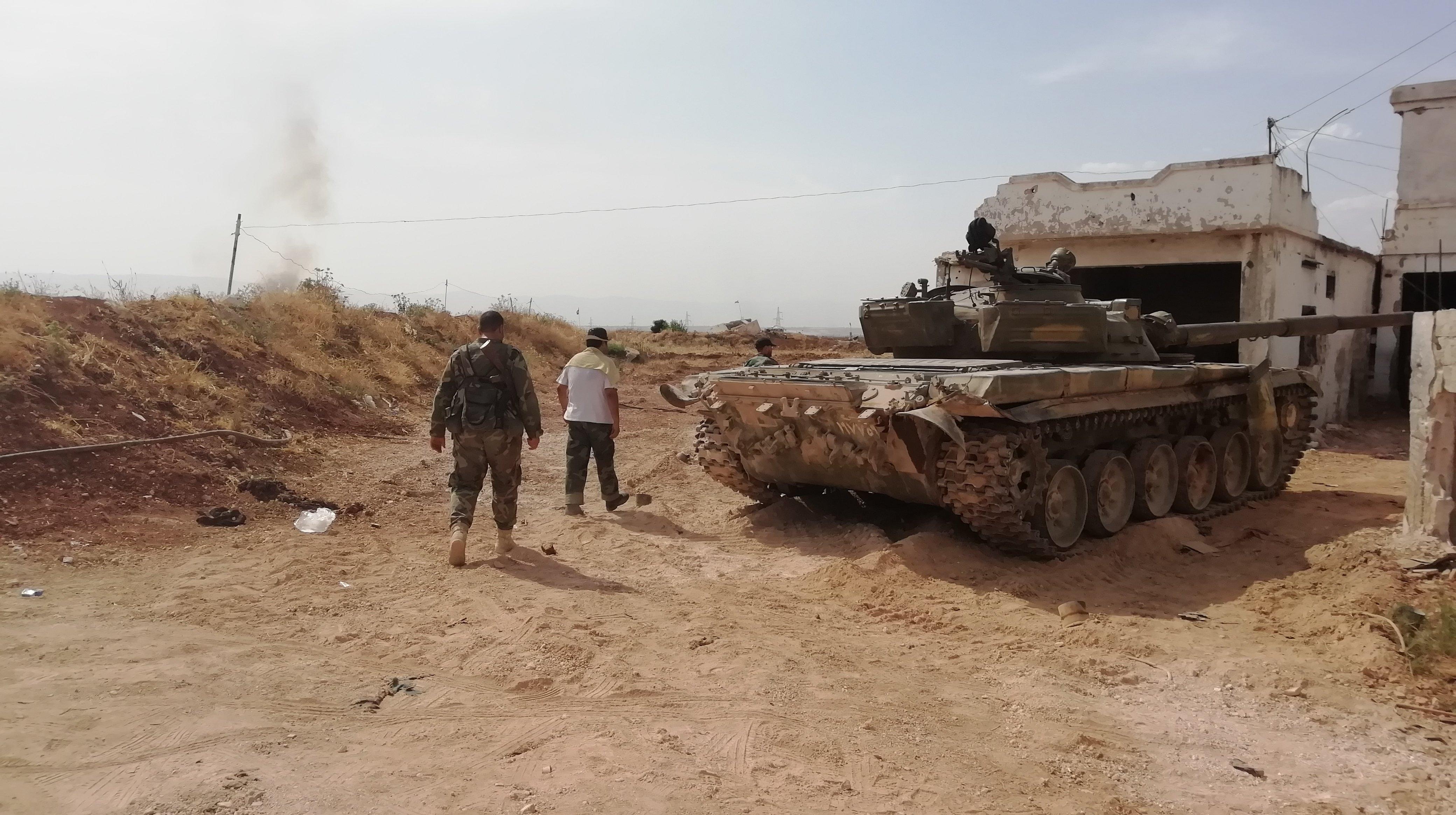 تعزيزات عسكرية للجيش السوري تصل إلى ريف حماة الشمالي