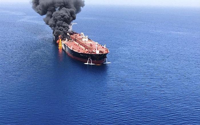 تأثير حادثة خليج عمان على أسواق النفط العالمية