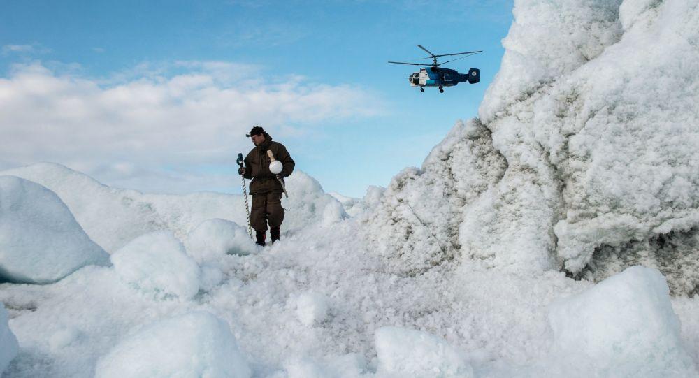 مشارك في بعثة إلى القطب الشمالي