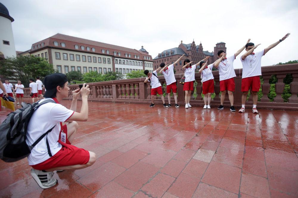 موظفون جدد لشركة هواوي، في الحرم الجديد لـ هواوي سونغشان ليك نيو كامبوس (Huawei Songshan Lake New Campus)، 31 مايو/ أيار  2019