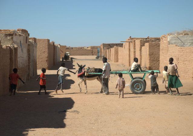مدينة في صحراء وادي حلفا، السودان