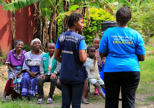 التطعيم ضد فيروس الإيبولا في قرية كيرمبو قرب الكونغو