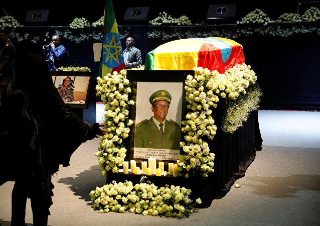 جثمان رئيس أركان الجيش الإثيوبي ملفوفا بعلم البلاد