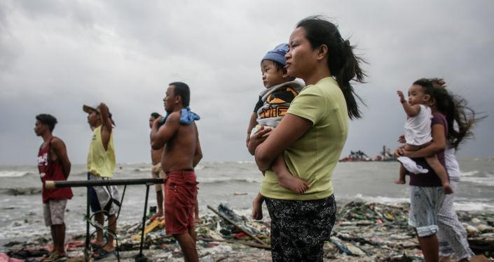 الصورة بعنوان مراقبة ساحلية، فئة الأخبار الرئيسية، للمصور بازيليو فيبيه من الفلبين