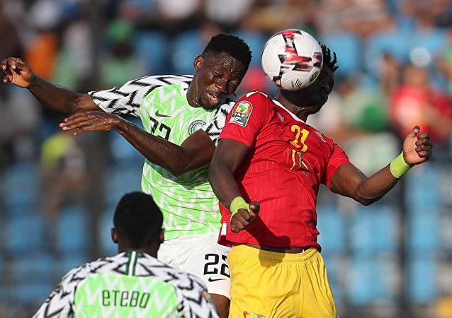 نيجيريا وغينيا