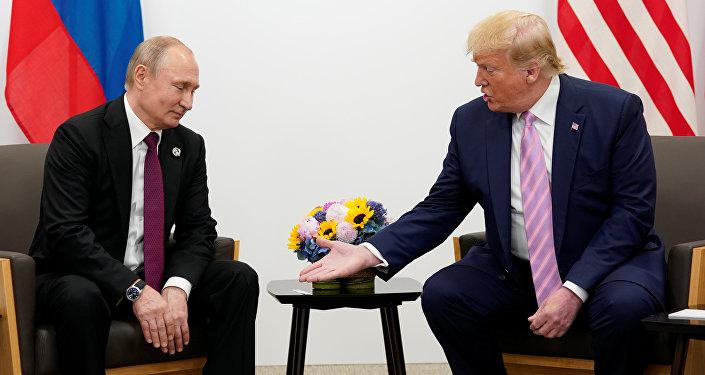 فلاديمير بوتين ودونالد ترامب في قمة العشرين باليابان