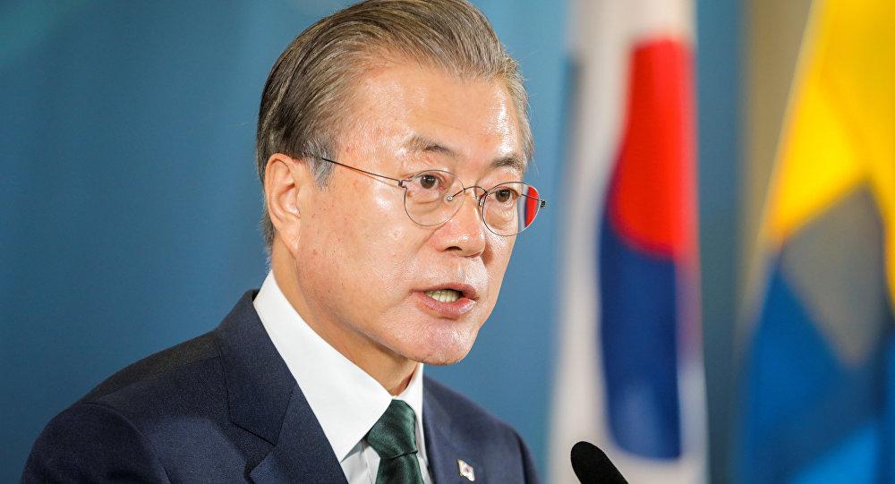 فساد في المكتب الرئاسي بكوريا الجنوبية والرئيس يتدخل
