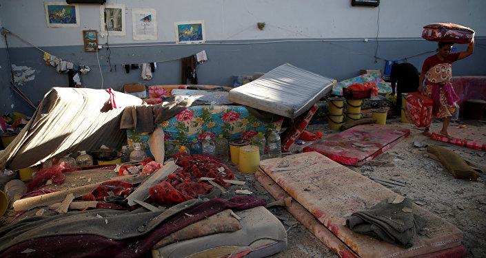 أثار قصف مركز لإيواء المهاجرين في طرابلس