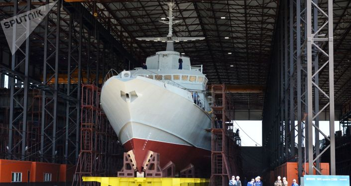 """اختبار سفينة """"كاراكورت"""" الروسية في القطب الشمالي"""