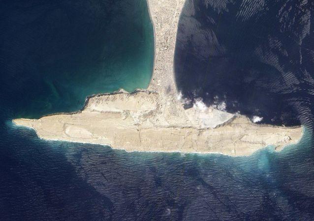 جزيرة زلزلة في بحر العرب