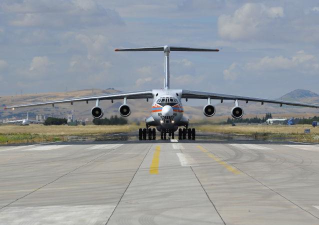 طائرة نقل محملة بأجزاء إس-400
