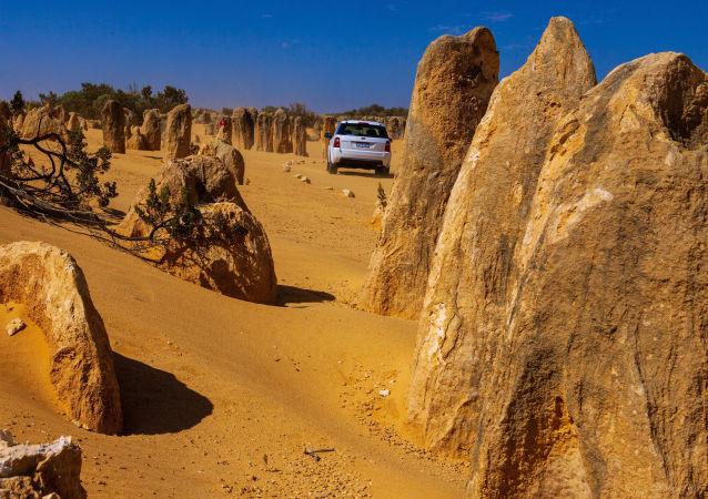 صحراء بيناكلس في أستراليا