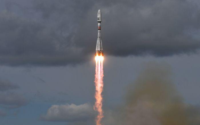 """إطلاق صاروخ """"سويوز"""" مع قمر صناعي عسكري"""