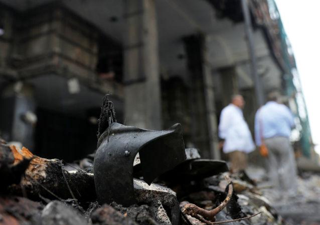 أثار العملية الإرهابية أمام معهد الأورام في القاهرة - مصر