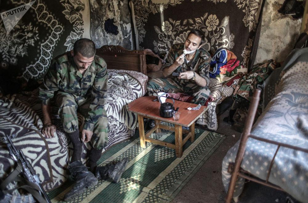 عناصر القوات التركة بالقرب من الحدود التركية. 06.09.2013