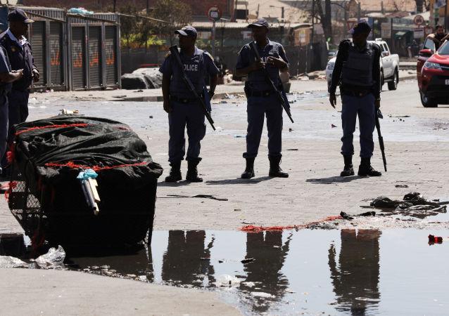 احتجاجات في جنوب أفريقيا
