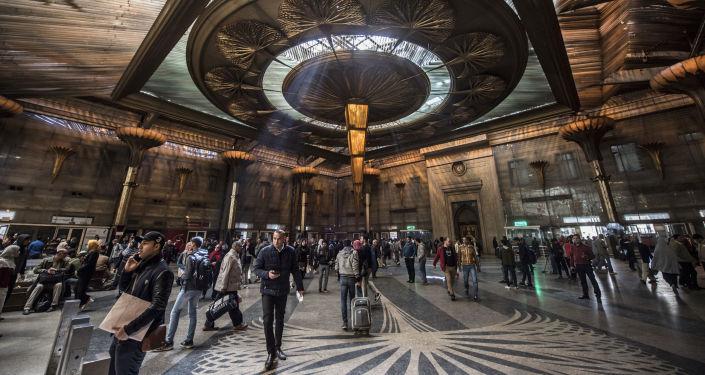 محطة قطارات سكك حديد مصر في منطقة رمسيس في العاصمة المصرية القاهرة