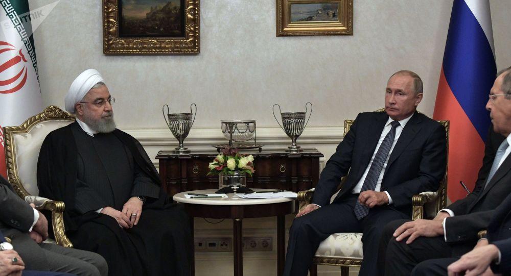 الرئيس فلاديمير بوتين والرئيس الإيراني حسن روحاني في أنقرة، تركيا 16 سبتمبر 2019