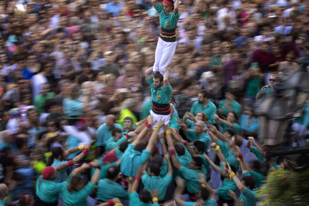 برج الإنسان في مهرجان لا ميرس في برشلونة، إسبانيا 24 سبتمبر 2019