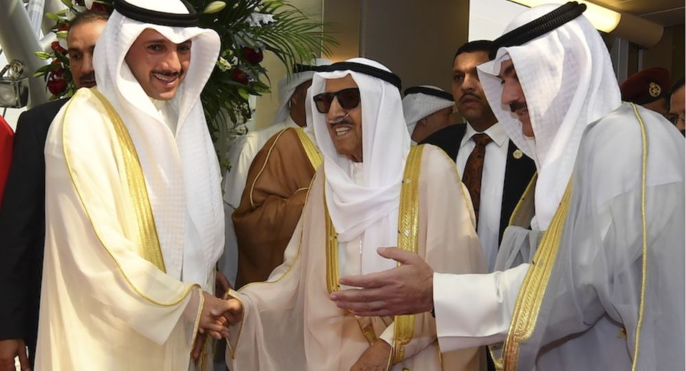 أمير الكويت الشيخ صباح الأحمد الجابر الصباح أثناء عودته من الولايات المتحدة الأمريكية