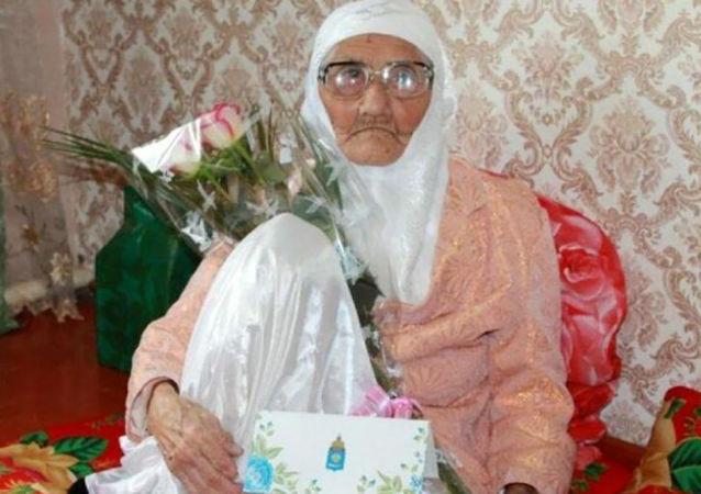 أكبر امرأة مسنة في روسيا تانزيليا بيسمييفا