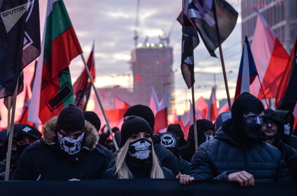 مسيرة بمناسبة يوم استقلال بولندا في أحد شوارع مدينة وارسو، بولندا 11 نوفمبر 2019