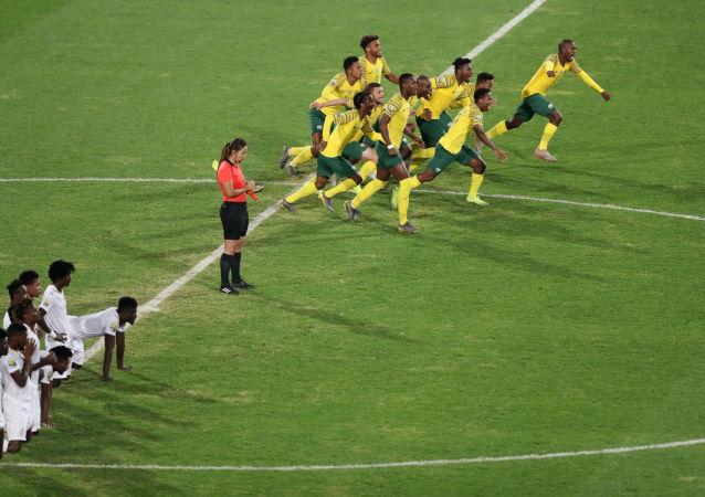 لحظة فوز منتخب جنوب أفريقيا بالمركز الثالث في بطولة كأس الأمم الأفريقية تحت 23 عاما