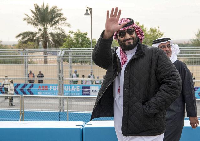 ولي العهد السعودي الأمير محمد بن سلمان خلال حضوره انطلاقة منافسات فورميلا إي في الدرعية