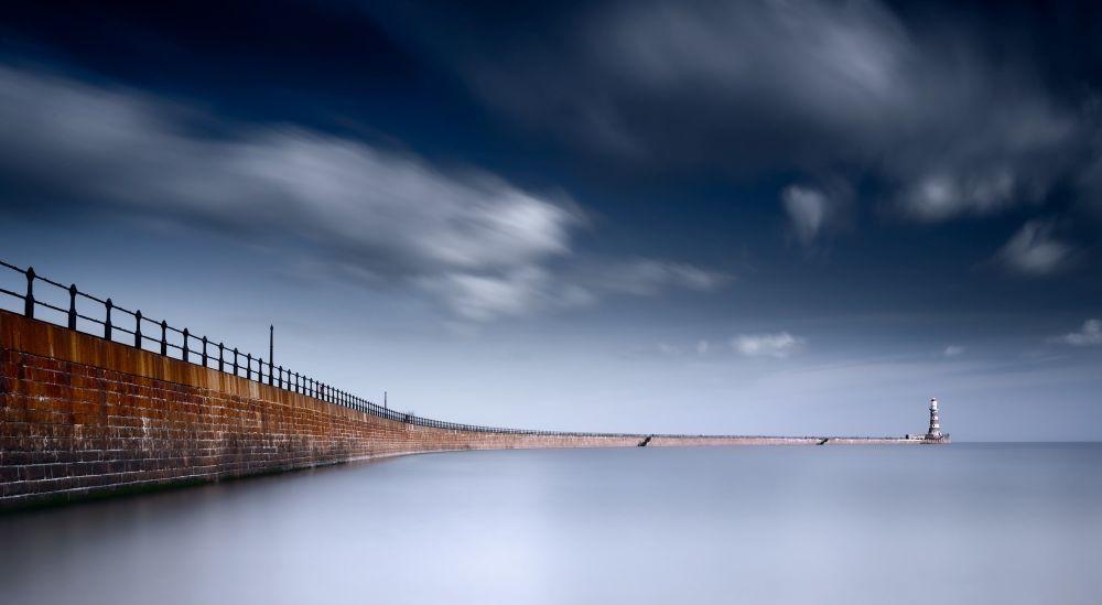 صورة لـروكير بيير، في ساندرلاند في بريطانيا، للمصور جي بي أبلتون، التي فازت في فئة الفائز التاريخي في إنجلترا في مسابقة التصوير التاريخي لعام 2019