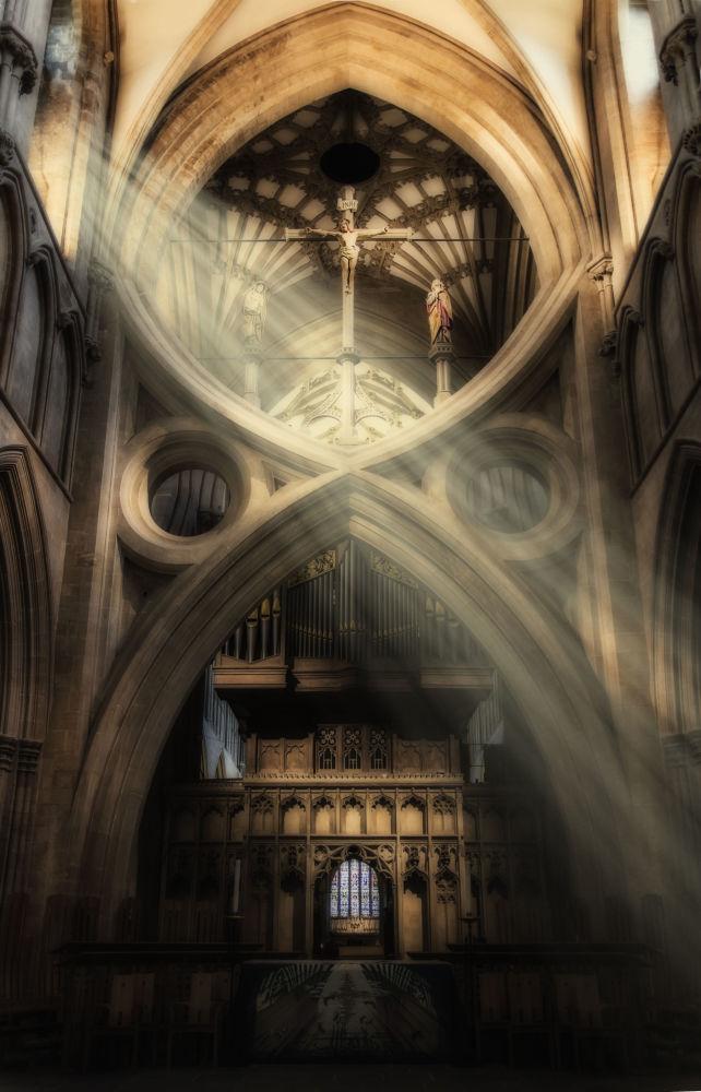 صورة كاتدرائية ويلز في ويلز، للمصور ألان باكستر، التي وصلت إلى نهائي مسابقة التصوير التاريخي لعام 2019