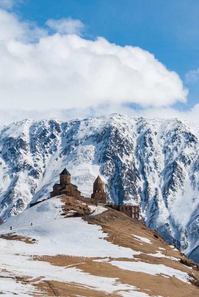 صورة لـكنيسة غيرغيتي في جورجيا، للمصور يوليا باسيتشنايا، التي وصلت إلى نهائي مسابقة التصوير التاريخي لعام 2019