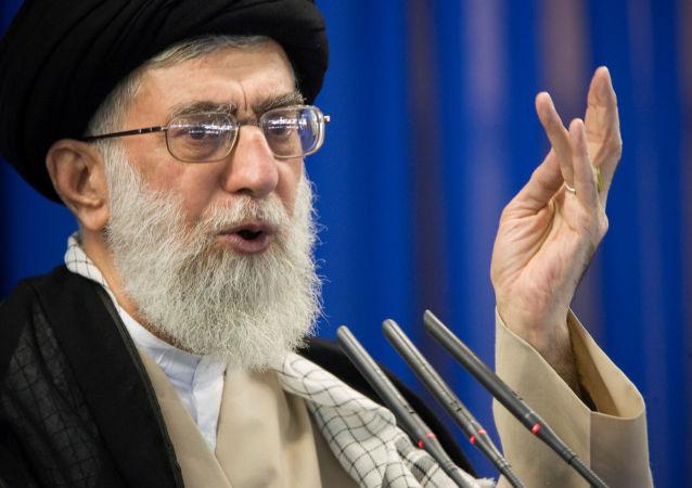 المرشد الإيراني آية الله علي خامنئي