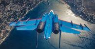 المقاتلة الروسية متعددة الأهداف، والفوق صوتية، والعاملة في جميع الظروف المناخية، سو-27 التابعة للفرقة الاستعراضية الفرسان الروس